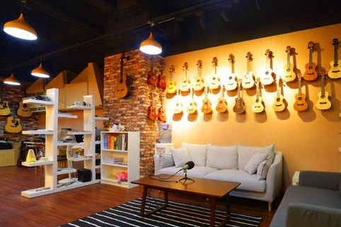 移民美国EB1C项目:音乐用品店